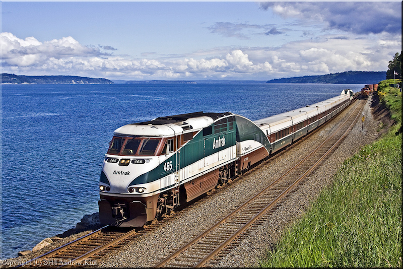 Amtrak Cascades train
